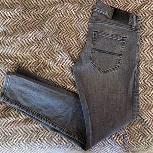 Lucky Brand 110 Slim Jeans